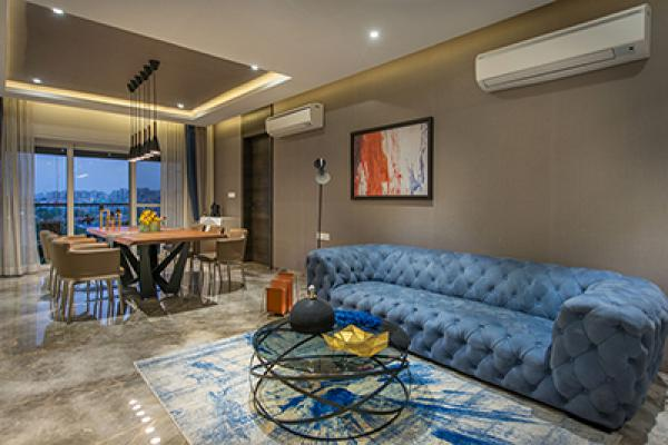 Manoj Doshi Apartment - Living Room